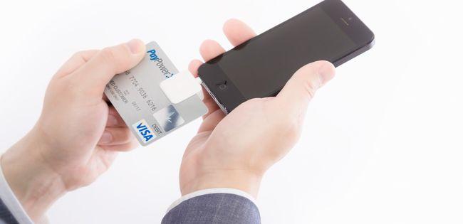 クレジットカードでリボ払い